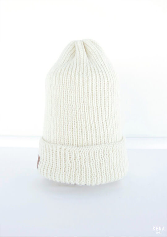 "Knitted merino wool beanie ""Üri""-natural white"